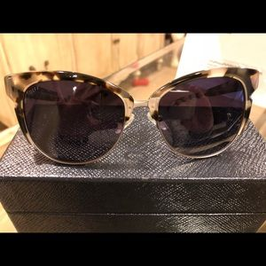 Ladies DIFF sunglasses
